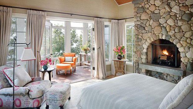 Невероятно уютни спални с камини