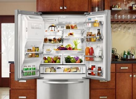 Как да се справим с неприятната миризма в хладилника