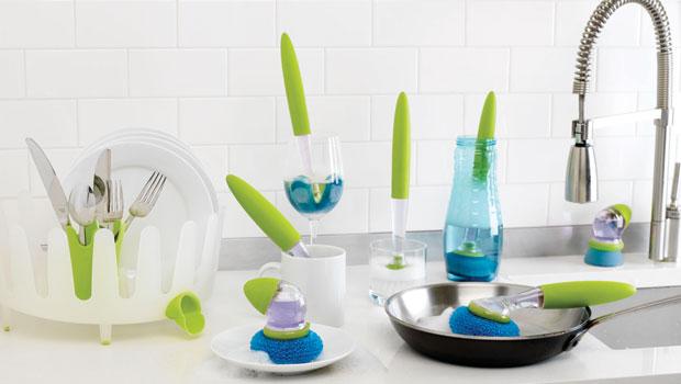 Как да почистваме съдовете в кухнята