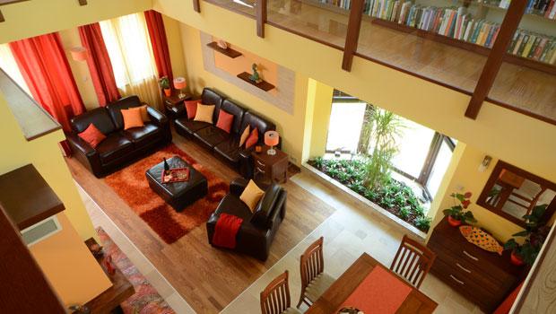 Къща с уютно и практично обзавеждане
