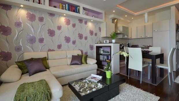 Дизайн на малък апартамент в нежно лилаво