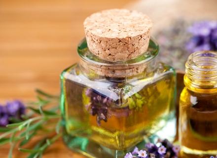 Да си приготвим домашен парфюм