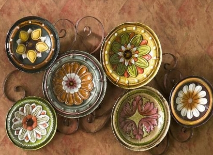 Стенни декорации с чинии