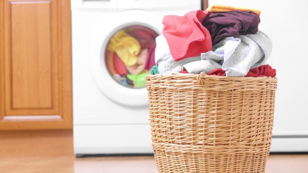 Да си приготвим домашен омекотител за дрехи