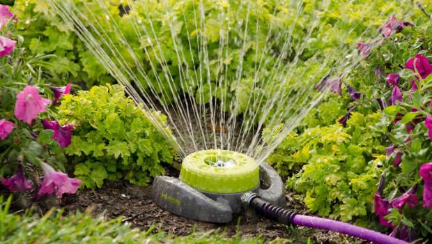 Как да изберем разпръсквачи за градината