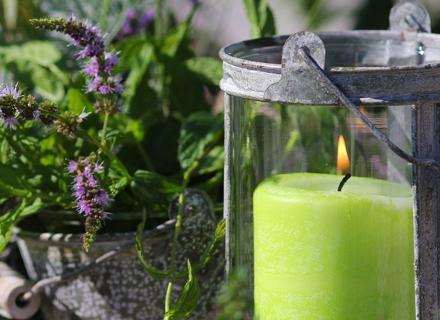 Идеи за осветление на двора с градински фенери