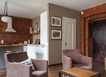 Малък апартамент в индустриален стил