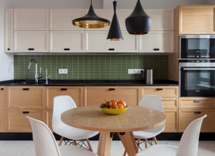 Идеи за кухни с тъмен работен плот