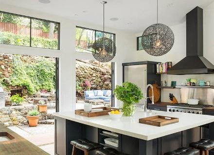 Къща с просторен и удобен интериор