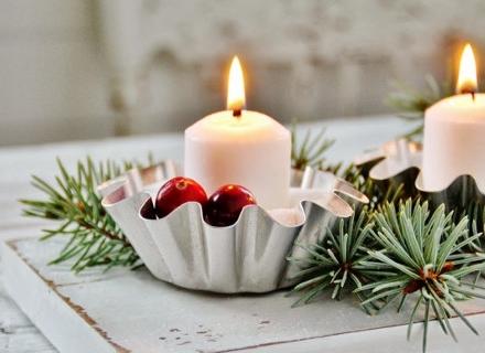 Коледна украса със свещи