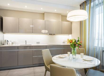 Идеи за завеси в кухнята и трапезарията