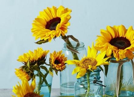 Лятна украса със слънчогледи
