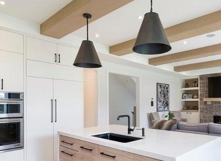 Декоративни греди на тавана - модерната класика