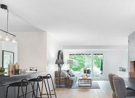 Модерен апартамент с атрактивен балкон