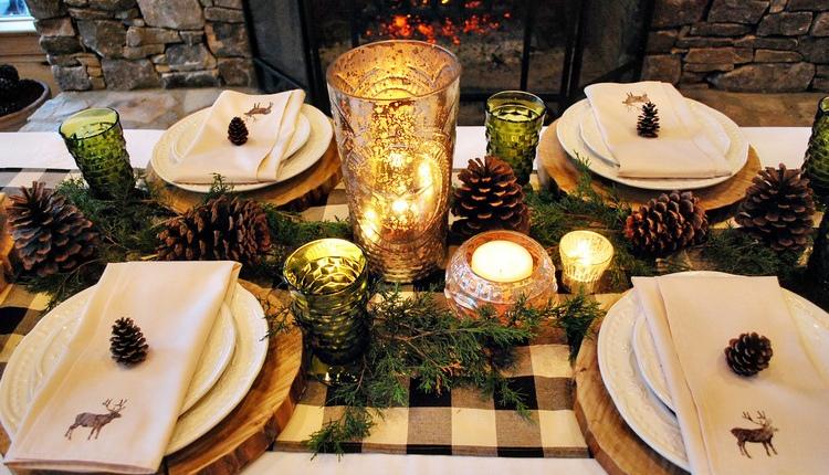 Коледна украса, вдъхваща топло коледно настроение