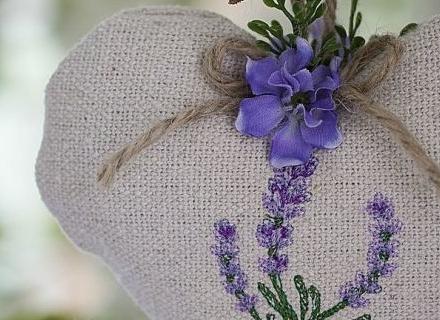 Как да защитим дрехите си от молци с природни средства