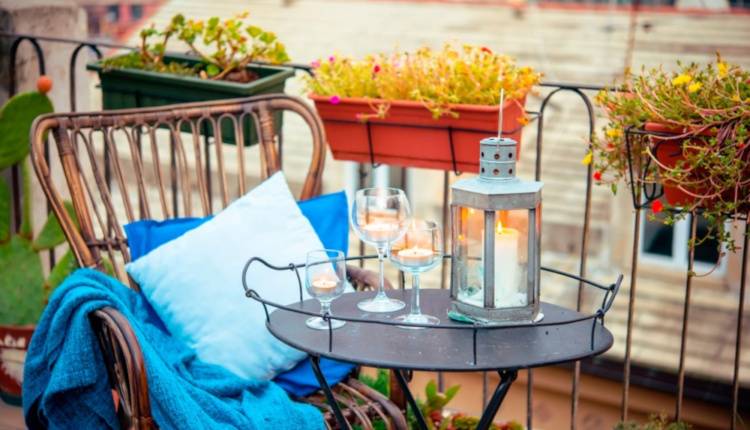 Бюджетни идеи за освежаване на балкона