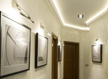 Окачен таван в коридора