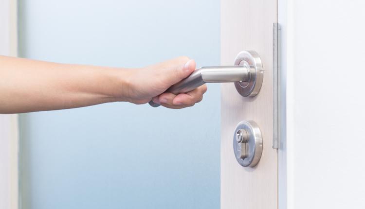 Как да изберем дръжки за вратите
