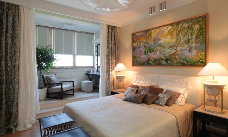 Спалня с усвоен балкон