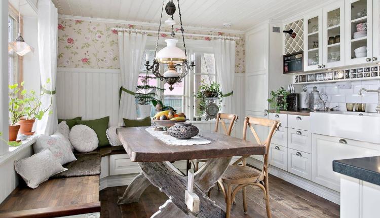 Кухня с дневна в стил прованс