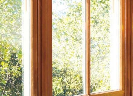 Дървена дограма - предимства и недостатъци