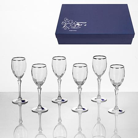 6 чаши за вино