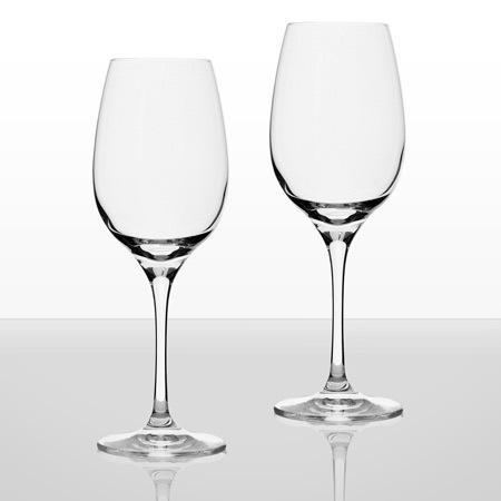 Invino 2 чаши бяло вино