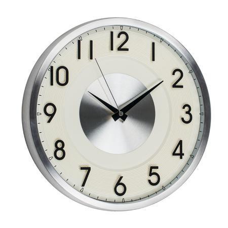 Стенен часовник Pierre Cardin